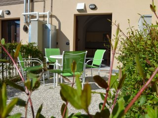 Cipresso 7, 4 Persons Apartment with Terrace - San Siro vacation rentals