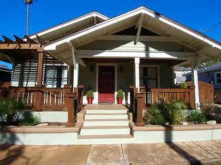 Nice House with A/C and Parking - Pasadena vacation rentals