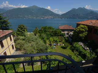 Apartment Cipresso 29 with Stunning Lake View, 3 Bedrooms, 8 Persons - San Siro vacation rentals