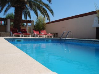 Detached Villa with large terrace and pool close to beaches - Sauvian vacation rentals
