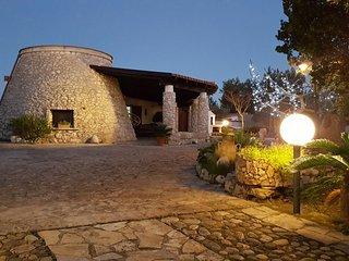 Villa Dora - con trullo annesso - Leuca vacation rentals