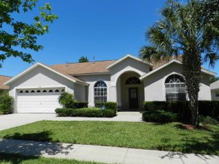 Orange Tree 6/3 pool home property, fully furnished, with full kitchen, and all linens and towels - Clermont vacation rentals