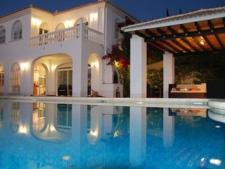 Nice House with Internet Access and A/C - Moclinejo vacation rentals