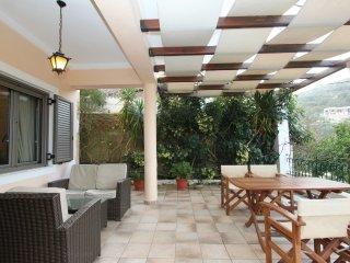 Nice Condo with Internet Access and A/C - Gaios vacation rentals
