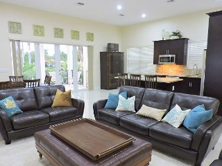 Casa Elegante 3/2.5 for 6+ All New Near Beaches, Downtown & All the Action - Hollywood vacation rentals