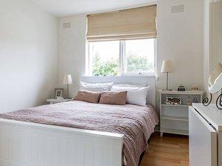 Elwood Bliss - 1 bedroom apartment - Elwood vacation rentals