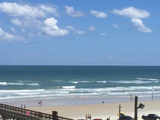 Beautiful 2 BR/2 BA Ocean View - Daytona Beach Shores vacation rentals