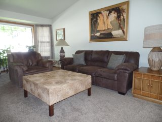 ADORABLE COZY 2 BEDROOM HOUSE IN PERFECT BOISE LOCATION! - Boise vacation rentals