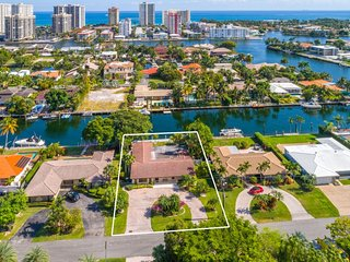 Modern Home on Intercoastal - Hallandale vacation rentals
