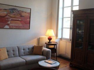 L'appart Sainte Catherine #02 / Grand appartement pour 4 pers. - Bordeaux vacation rentals