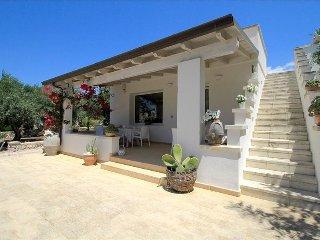 Villa Antico Trullo - stile e design - Marina San Gregorio vacation rentals