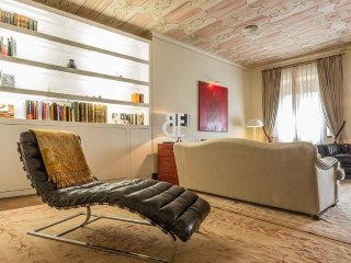 SANTA CRUZ SEVILLA - Seville vacation rentals