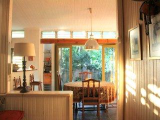 Beautiful Glenwood Home, perfect for creative spirits. - Berea vacation rentals