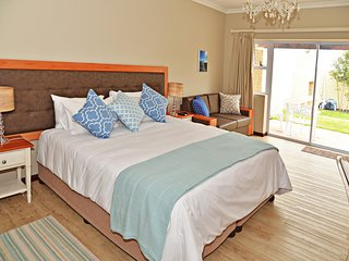 Room 1 selfcatering or B&B, with private patio in lush garden setting and pool - Hermanus vacation rentals