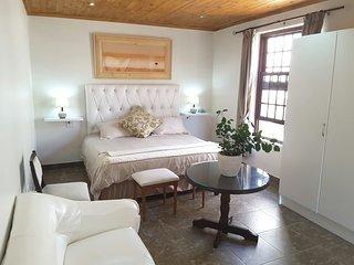 Romantic 1 bedroom Bed and Breakfast in Durban - Durban vacation rentals