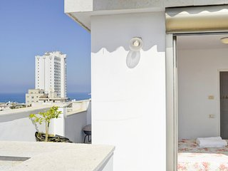 Penthouse with terrace with amazing views - Tel Aviv vacation rentals