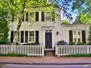 CARAM - Historic Village Center Colonial,  Walk to Shops, Harbor and In-town - Chappaquiddick vacation rentals