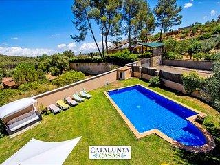 Five-bedroom villa in Can Vinyals, nestled in the hills between Barcelona and - Sentmenat vacation rentals