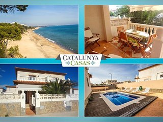 Modern Miami Platja villa with 3 bedrooms for 7 guests, a 5-minute walk from - Miami Platja vacation rentals