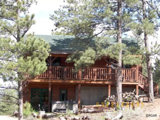 Royal Gorge Family Cabin With Hot Tub - Canon City vacation rentals