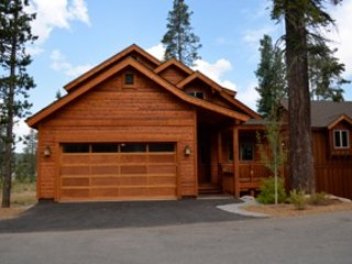 Luxury Home! Close to Northstar & Town -- Hot Tub & Steam Shower!  Easy access! - Truckee vacation rentals