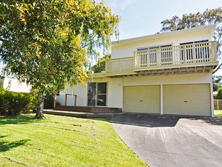 Lovely Inverloch House rental with A/C - Inverloch vacation rentals
