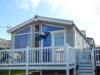 THE VOGUE LODGE, ground floor, open plan, on-site facilities in Swanage, Ref - Swanage vacation rentals