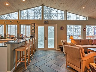 NEW! 4BR Olympic Valley Home w/Spa - Near Skiing! - Olympic Valley vacation rentals