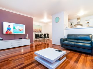 2 bedroom Apartment with Washing Machine in North Perth - North Perth vacation rentals