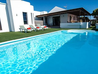 Comfortable Villa with Internet Access and Satellite Or Cable TV - Teguise vacation rentals