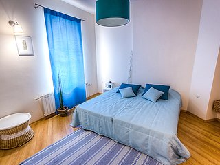 Nice 3 bedroom Plovdiv Apartment with Internet Access - Plovdiv vacation rentals
