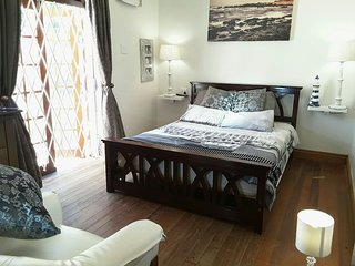 Romantic 1 bedroom Durban Bed and Breakfast with Internet Access - Durban vacation rentals