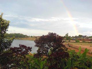 F3 dans proprieté au bord d'un lac - Ambohidratrimo vacation rentals