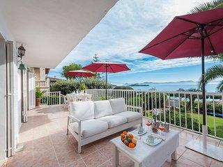 GOLF - Chalet for 9 people in Alcanada - Puerto de Alcudia vacation rentals