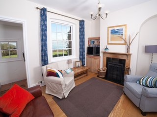 Sea View Cottage Fort Victoria - Yarmouth vacation rentals