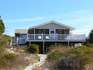 "3212 Palmetto Blvd - ""Dee Cee - Edisto Beach vacation rentals"