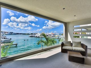 ★ MODERN LAGOON VIEW 1BR WITH A TERRACE ★ - Simpson Bay vacation rentals