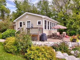 The Cottages-at-Turtlehill - Waterlily Cottage - Newboro vacation rentals
