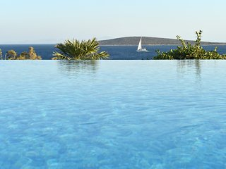 Paros Gv- Seashell VIlla a wonderful seafront villa in private location  with - Paros vacation rentals