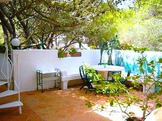 Lovely 4 bedroom Villa in Favignana with Deck - Favignana vacation rentals