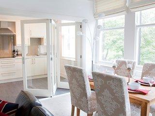 Valley View Deluxe 2 bedroom apartment - Harrogate vacation rentals