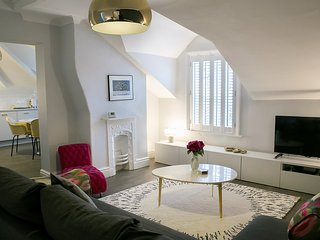 Sanderson Suites Deluxe 1 bedroom apartment - Harrogate vacation rentals
