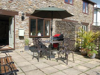 Perfect 2 bedroom North Huish House with Internet Access - North Huish vacation rentals