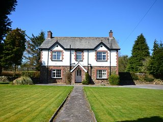 Perfect 5 bedroom House in Fowley Cross with Internet Access - Fowley Cross vacation rentals