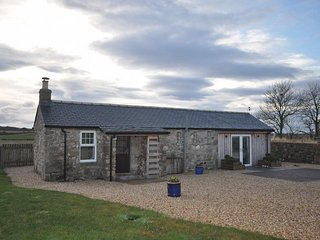 Romantic Cottage with Internet Access and Fireplace - Kinloss vacation rentals
