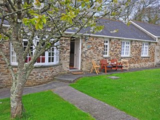 2 bedroom House with Internet Access in Penhallow - Penhallow vacation rentals