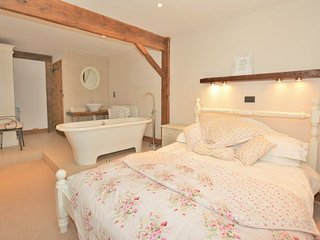 Perfect 2 bedroom House in Fangfoss with Internet Access - Fangfoss vacation rentals