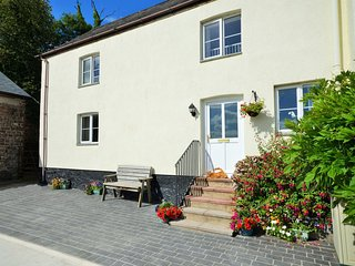 Lovely 2 bedroom Tiverton House with Internet Access - Tiverton vacation rentals