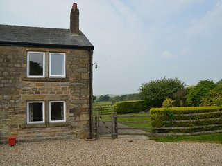 Beautiful House with Internet Access and Fireplace - Bleasdale vacation rentals