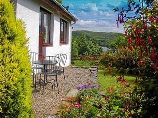 2 bedroom Cottage with Internet Access in Isle of Seil - Isle of Seil vacation rentals